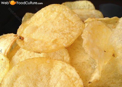 Potato chips: Crispy potato chips.