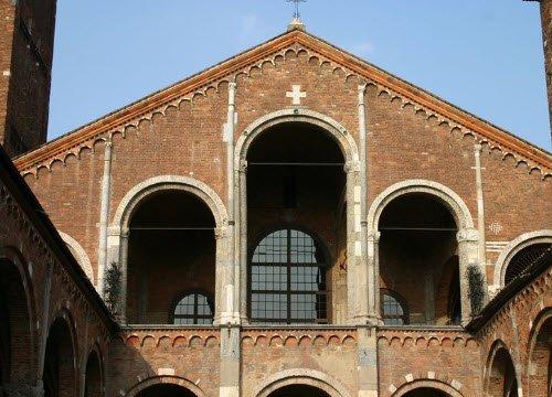 Cotolette alla Milanese: Milano, Basilica di Sant'Ambrogio (img-06)