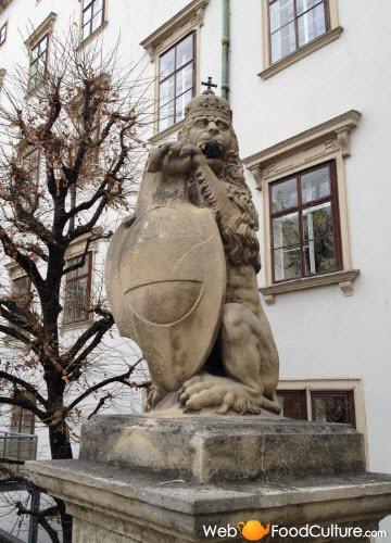 Sachertorte: Hofburg, Vienna, detail.