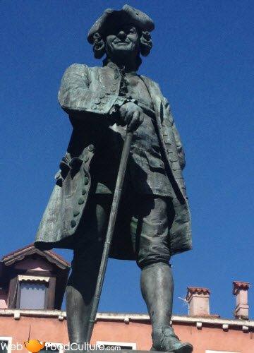 Vino Friularo: Venezia, Statua di Carlo Goldoni.