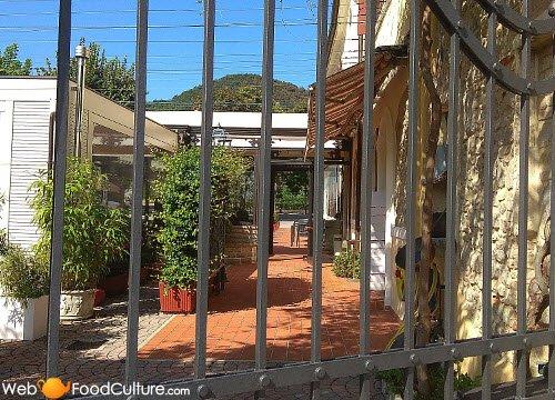 Ballotta, Galileo's Trattoria: Ballotta, exterior 04