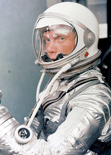 Cibo nello spazio: Astronauta John Glenn, (img-08)