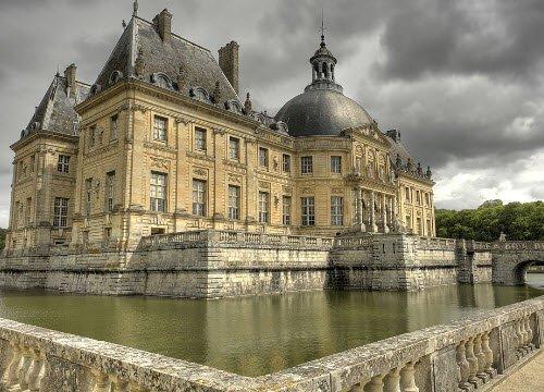 Renaissance banquets by Vatel: Chateau de Vaux-le-Vicomte, by Eric Pouhier (cc-06)