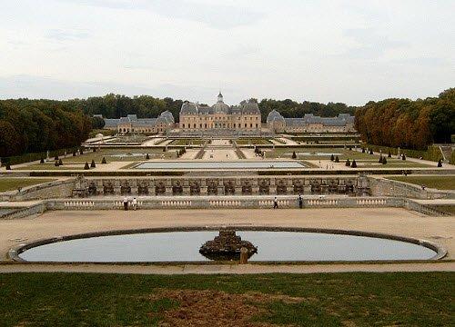 I banchetti rinascimentali di Vatel: I giardini del castello di Vaux-le-Vicomte, di T.H.Sadeness (cc-01)