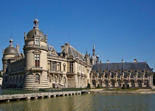 Renaissance banquets by Vatel: Chateau de Chantilly, by Jebulon (cc-03)