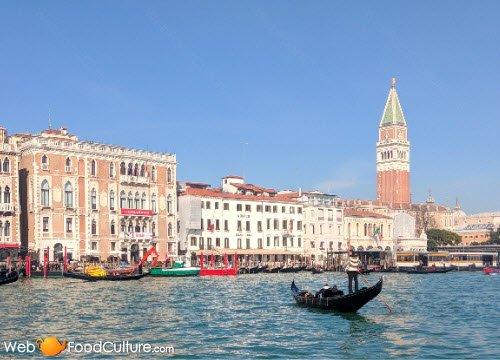 Harry's Bar: Venezia, Canal Grande.