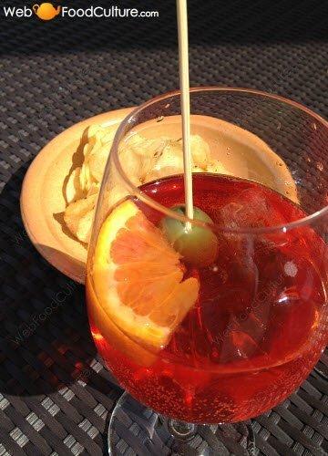 Prosecco wine: Prosecco in the 'Spritz'.