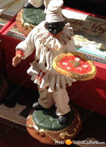 Pulcinella and Margherita Pizza, Naples, San Gregorio Armeno.