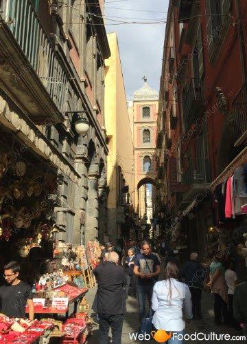 Pastiera napoletana: Napoli, San Gregorio Armeno.