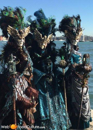 Venetian Frittelle: Masks of the Venetian Carnival.