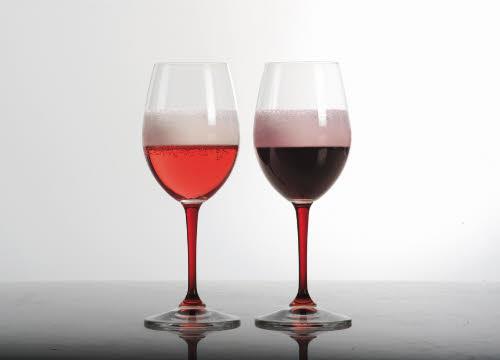 Lambrusco wine: glass of Lambrusco (crt-01)